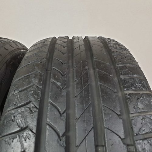 225/55 R17 101H XL Goodyear EfficientGrip – 70% +6mm – Gomme Estive