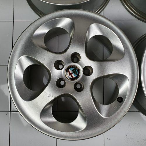 Set 4 Cerchi in Lega Originali Alfa Romeo 147 156 – 15″ Pollici 5 Fori ET41,5