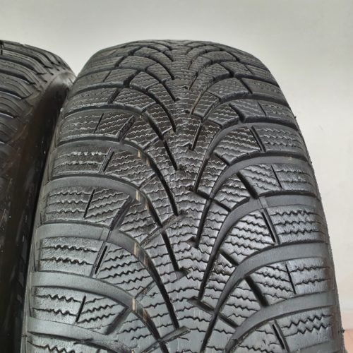 205/60 R16 96H XL Goodyear EfficientGrip – 60% +5mm – Gomme Estive