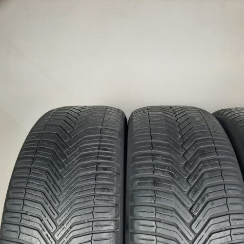 225/55 R18 98V M+S Michelin CrossClimate SUV –  50% +4mm Gomme 4 Stagioni